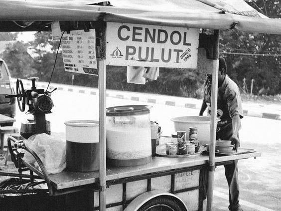es tjendol vendor straatverkoop, indonesisch restaurant blauw
