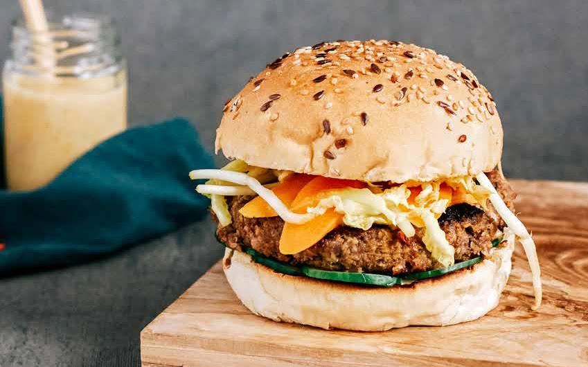 bbq burger, indonesisch restaurant blauw